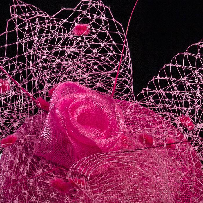 Tocado rosa para boda, detalle